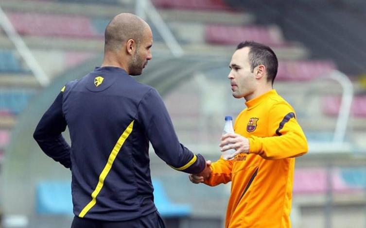 Ζήτησε Ινιέστα ο Γκουαρντιόλα στη Σίτι! | Sportsking.gr