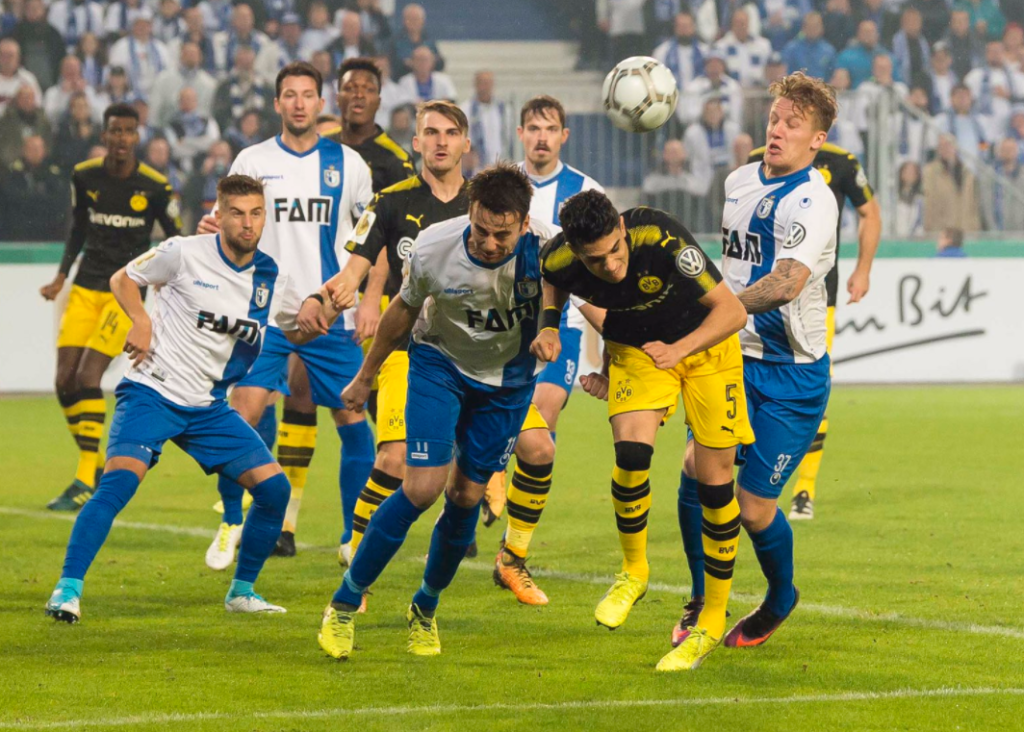 Εύκολα την πρόκριση Ντόρτμουντ, Λεβερκούζεν και Σάλκε! | Sportsking.gr