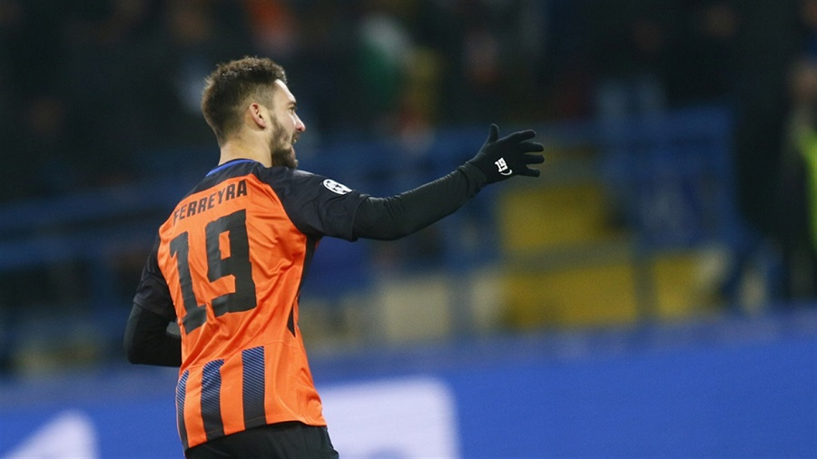 Απαράδεκτος ο Φερέιρα, χτύπησε ball boy! (vid) | Sportsking.gr