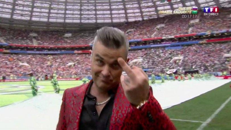 Το….μεσαίο δάχτυλο του Ρόμπι Γουίλιαμς (vid) | Sportsking.gr