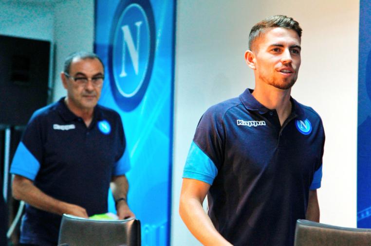 «Υπογράφουν στην Τσέλσι Ζορζίνιο και Σάρι» | Sportsking.gr