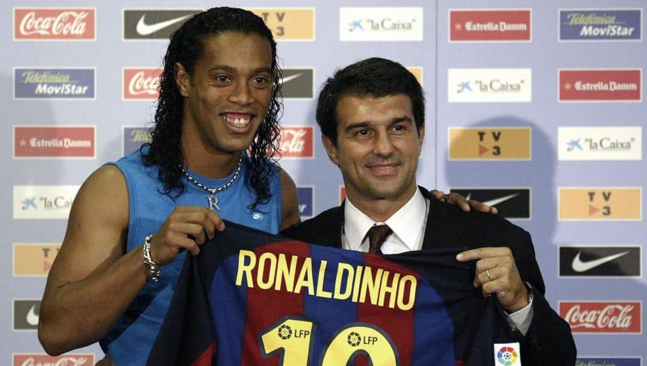 Όταν ο Ροναλντίνιο ντύθηκε στα «Μπλαουγκράνα» (vids) | Sportsking.gr