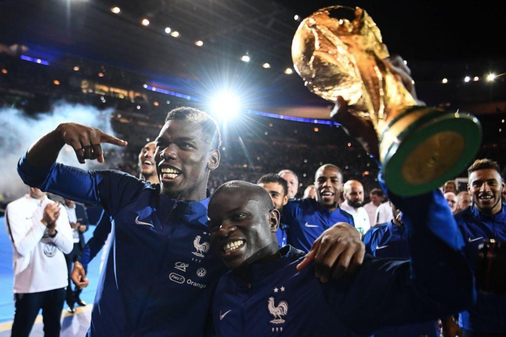 ΒΙΝΤΕΟ: Οι Γάλλοι διεθνείς τραγουδούν για τον… αξιολάτρευτο Καντέ! | Sportsking.gr