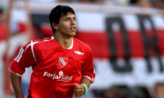 Από το 2005 ο Αγκουέρο μοίραζε δωρεάν… σακούλες! (vid) | Sportsking.gr